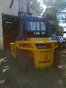 Empilhadores Diesel | Caterpillar DP70D » 134